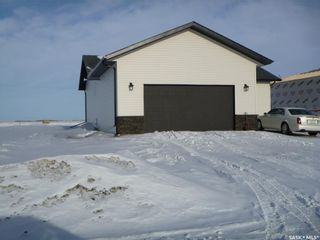 Photo 2: 709 Doghide Drive in Tisdale: Residential for sale : MLS®# SK839076