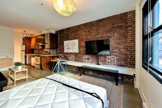 """Photo 7: 204 1230 HAMILTON Street in Vancouver: Yaletown Condo for sale in """"THE COOPERAGE"""" (Vancouver West)  : MLS®# R2549610"""