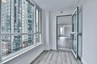 "Photo 19: 1106 388 DRAKE Street in Vancouver: Yaletown Condo for sale in ""GOVERNOR'S TOWER"" (Vancouver West)  : MLS®# R2162040"