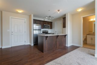 "Photo 5: 416 46289 YALE Road in Chilliwack: Chilliwack E Young-Yale Condo for sale in ""Newmark"" : MLS®# R2353572"