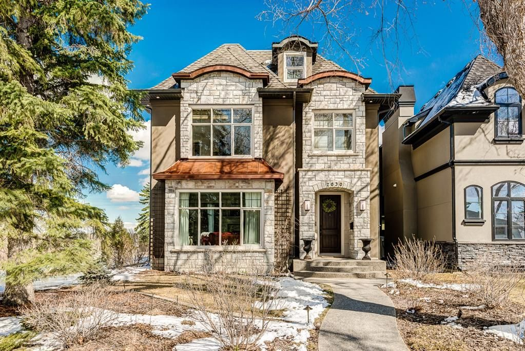 Main Photo: 2830 18 Street NW in Calgary: Capitol Hill Detached for sale : MLS®# A1098652