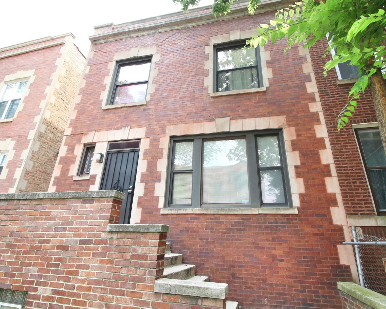 Main Photo: 6025 S Eberhart Avenue in Chicago: CHI - Woodlawn Residential for sale ()  : MLS®# 11152579