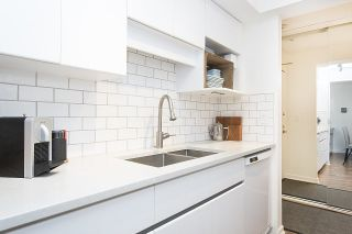 "Photo 11: 102 2336 WALL Street in Vancouver: Hastings Condo for sale in ""HARBOUR SHORES"" (Vancouver East)  : MLS®# R2271901"