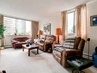 Photo 3: 603 620 SEVENTH AVENUE in New Westminster: Uptown NW Condo for sale : MLS®# R2578219