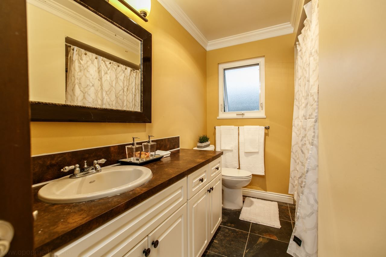 """Photo 10: Photos: 3168 E 63RD Avenue in Vancouver: Champlain Heights House for sale in """"CHAMPLAIN HEIGHTS"""" (Vancouver East)  : MLS®# R2027923"""