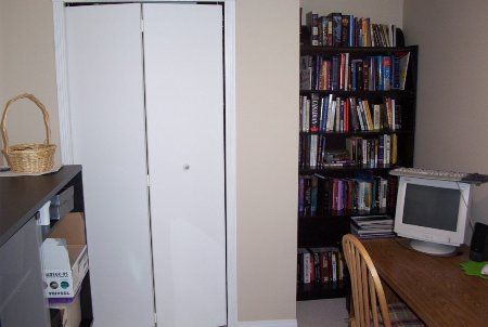 Photo 10: Photos: 225 Balmoral Place: Condo for sale (North Shore Pt Moody)  : MLS®# 712923