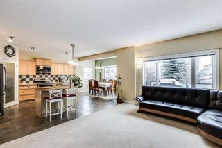 Photo 10: 142 WEST SPRINGS Place SW in Calgary: West Springs Detached for sale : MLS®# C4301282