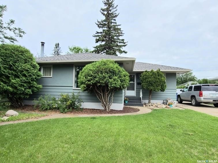 Main Photo: 1751 93rd Street in North Battleford: Kinsmen Park Residential for sale : MLS®# SK860550