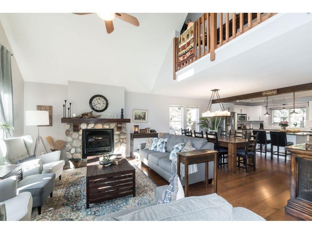 Photo 3: Photos: 1873 BLACKBERRY Lane: Lindell Beach House for sale (Cultus Lake)  : MLS®# R2437543