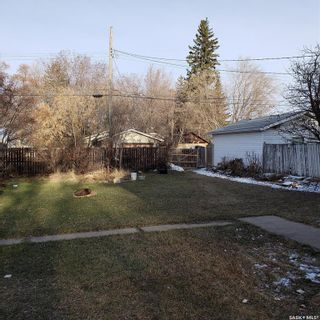 Photo 4: 112 N Avenue South in Saskatoon: Pleasant Hill Residential for sale : MLS®# SK849460