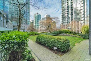 """Photo 17: 1803 1200 W GEORGIA Street in Vancouver: West End VW Condo for sale in """"RESIDENCE ON GEORGIA"""" (Vancouver West)  : MLS®# R2549181"""