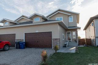 Photo 1: 330 1st Avenue North in Martensville: Residential for sale : MLS®# SK854811