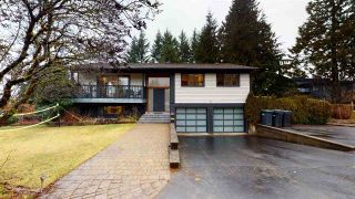 Photo 1: 40179 KINTYRE Drive in Squamish: Garibaldi Highlands House for sale : MLS®# R2535706