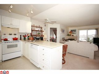 """Photo 4: 316 20896 57TH Avenue in Langley: Langley City Condo for sale in """"BAYBERRY"""" : MLS®# F1107345"""