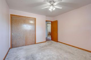 Photo 17: 2823 Canmore Road NW in Calgary: Banff Trail Detached for sale : MLS®# A1153818