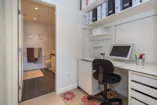 """Photo 11: 402 2288 W 12TH Avenue in Vancouver: Kitsilano Condo for sale in """"CONNAUGHT POINT"""" (Vancouver West)  : MLS®# R2051681"""