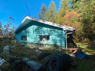 Photo 4: 12918 FRONT Road in Madeira Park: Pender Harbour Egmont House for sale (Sunshine Coast)  : MLS®# R2625769