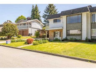 Photo 3: 1240 AUGUSTA Avenue in Burnaby: Simon Fraser Univer. 1/2 Duplex for sale (Burnaby North)  : MLS®# R2584645