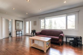 Photo 4: 3443 19 Street NW in Calgary: Charleswood Detached for sale : MLS®# A1095214