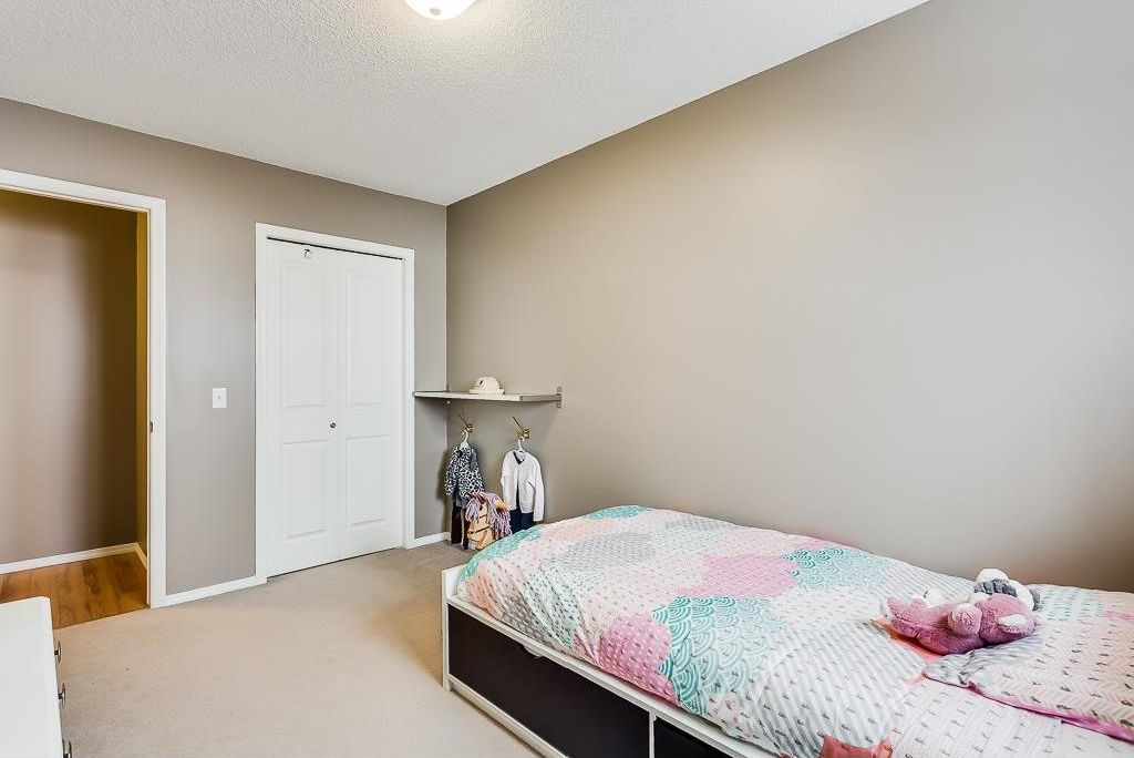 Photo 22: Photos: 137 MILLVIEW Square SW in Calgary: Millrise House for sale : MLS®# C4145951