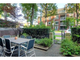 """Photo 9: 110 2181 W 10TH Avenue in Vancouver: Kitsilano Condo for sale in """"THE TENTH AVE"""" (Vancouver West)  : MLS®# V844401"""