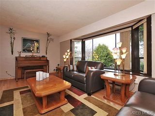 Photo 2: 1545 San Juan Ave in VICTORIA: SE Gordon Head House for sale (Saanich East)  : MLS®# 628346