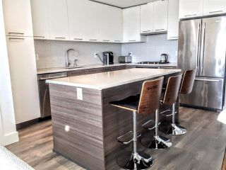 """Photo 4: 603 3488 SAWMILL Crescent in Vancouver: South Marine Condo for sale in """"3 TOWN CENTER AT RIVER DISTRICT"""" (Vancouver East)  : MLS®# R2417317"""