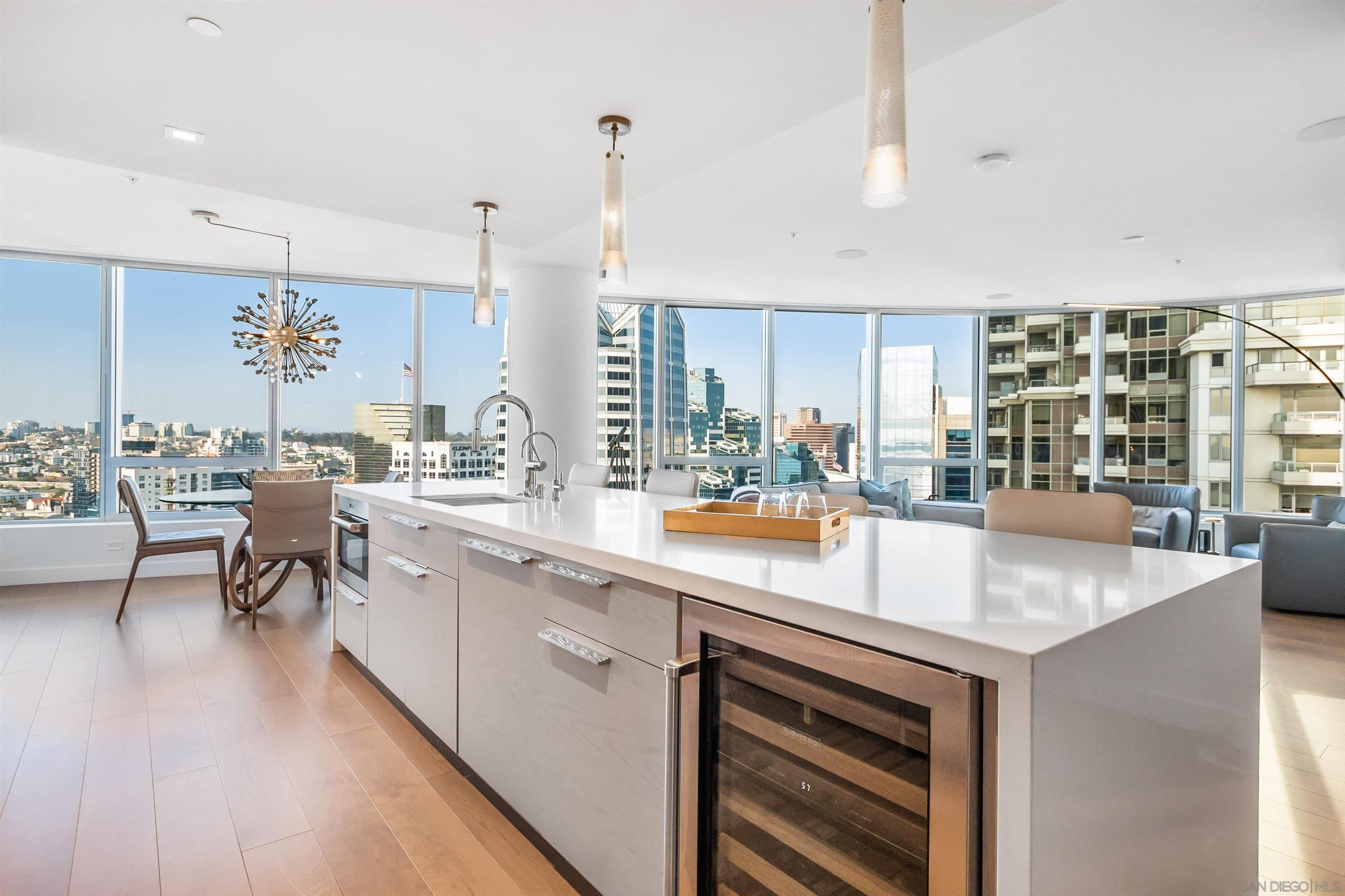 Main Photo: Condo for sale : 2 bedrooms : 888 W E Street #3005 in San Diego