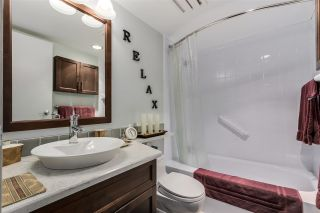 """Photo 7: 2778 W 1ST Avenue in Vancouver: Kitsilano Townhouse for sale in """"Cherry West"""" (Vancouver West)  : MLS®# R2020380"""