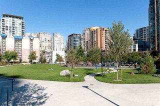 """Photo 37: 706 1199 SEYMOUR Street in Vancouver: Downtown VW Condo for sale in """"BRAVA"""" (Vancouver West)  : MLS®# R2531853"""