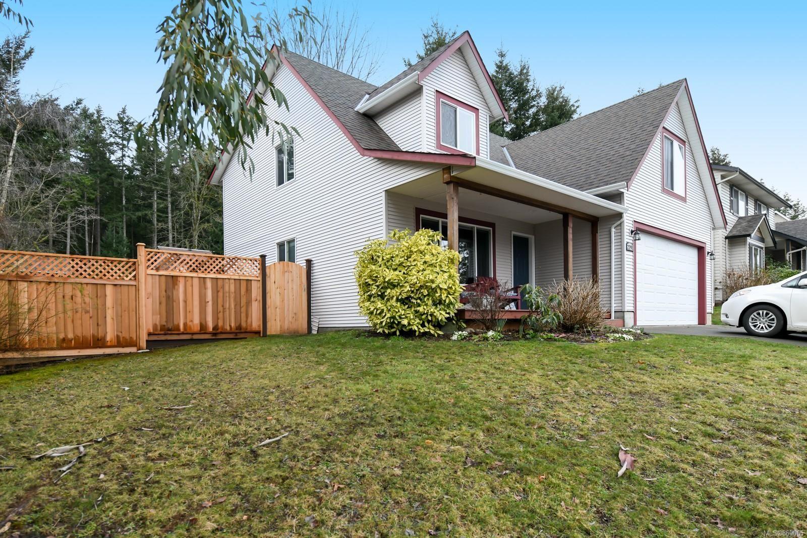 Main Photo: 2291 Heron Cres in : CV Comox (Town of) House for sale (Comox Valley)  : MLS®# 869065
