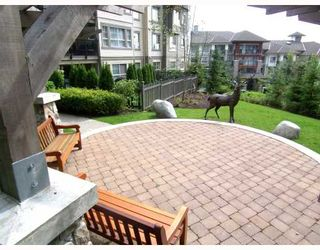 """Photo 10: 204 2958 WHISPER Way in Coquitlam: Westwood Plateau Condo for sale in """"SUMMERLIN"""" : MLS®# V786045"""