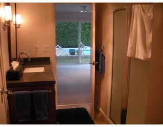 """Photo 6: 1177 TATLOW Avenue in North Vancouver: Norgate House for sale in """"NORGATE"""" : MLS®# V804489"""