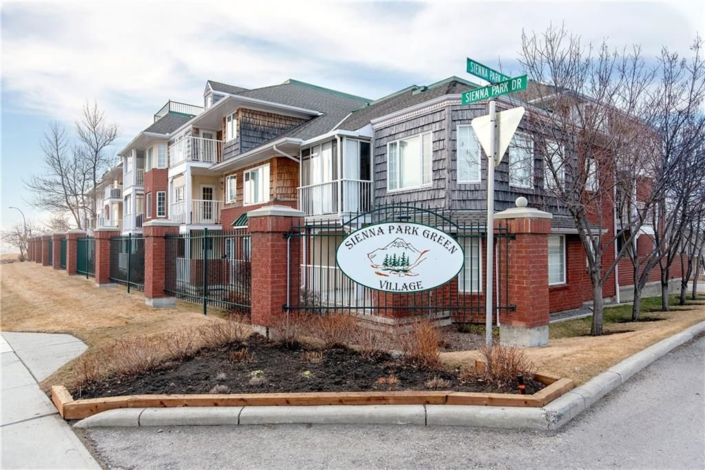 Main Photo: 1216 SIENNA PARK Green SW in Calgary: Signal Hill Apartment for sale : MLS®# C4237628