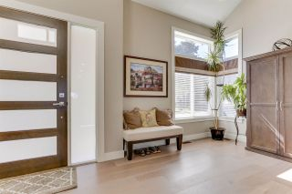 """Photo 3: 27 3103 160 Street in Surrey: Grandview Surrey Townhouse for sale in """"PRIMA"""" (South Surrey White Rock)  : MLS®# R2492808"""