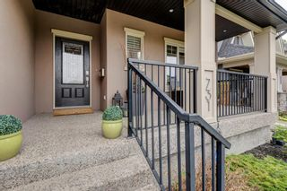 Photo 4: 731 24 Avenue NW in Calgary: Mount Pleasant Semi Detached for sale : MLS®# A1117382
