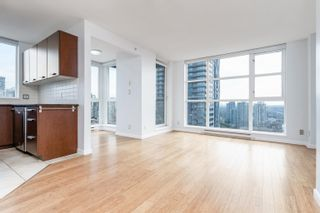 """Photo 10: 2404 1155 SEYMOUR Street in Vancouver: Downtown VW Condo for sale in """"BRAVA TOWERS"""" (Vancouver West)  : MLS®# R2618901"""