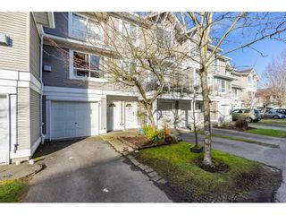 """Photo 3: 32 20890 57 Avenue in Langley: Langley City Townhouse for sale in """"Aspen Gables"""" : MLS®# R2541787"""