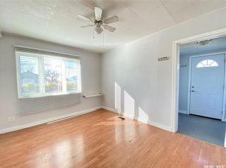 Photo 7: 319 Railway Avenue in Outlook: Residential for sale : MLS®# SK872424