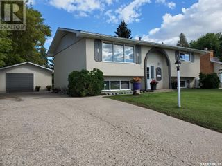 Photo 1: 1351 McKay DR in Prince Albert: House for sale : MLS®# SK870439