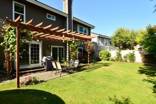 Photo 38: 1933 SOUTHMERE CRESCENT in South Surrey White Rock: Home for sale : MLS®# r2207161