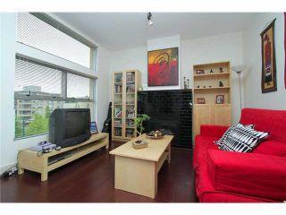 Photo 2: PH2 2088 W 11TH Avenue in Vancouver: Kitsilano Condo for sale (Vancouver West)  : MLS®# V860952