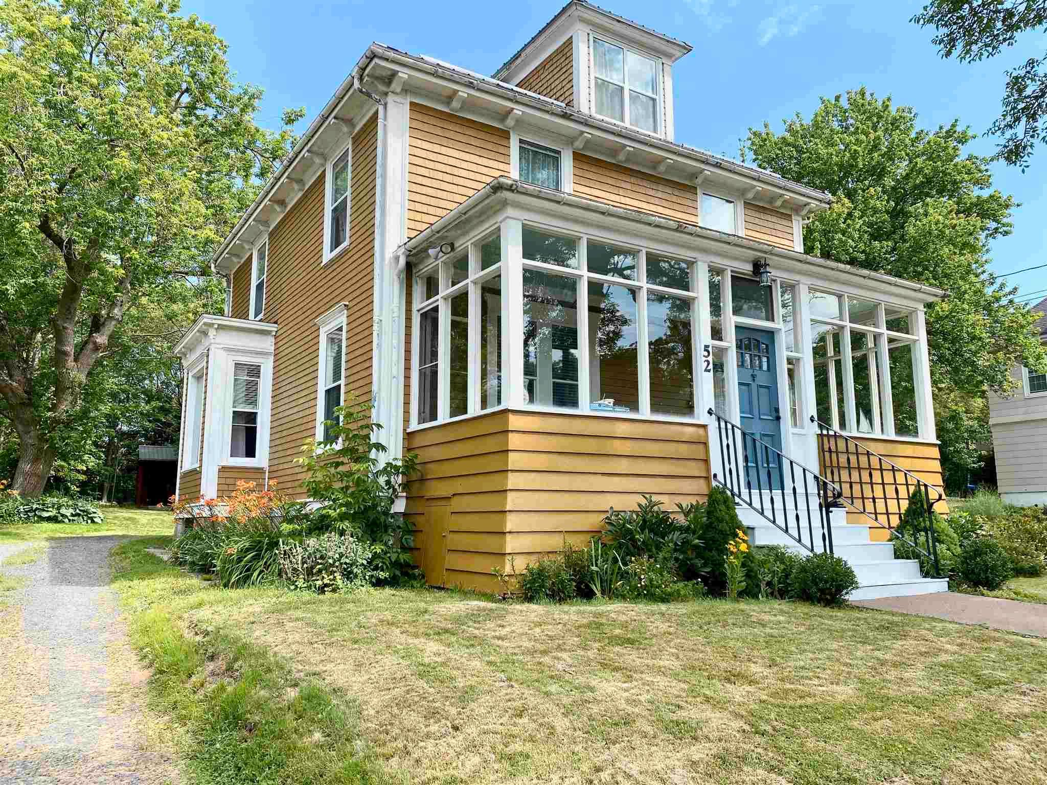 Main Photo: 52 Faulkland Street in Pictou: 107-Trenton,Westville,Pictou Residential for sale (Northern Region)  : MLS®# 202118525