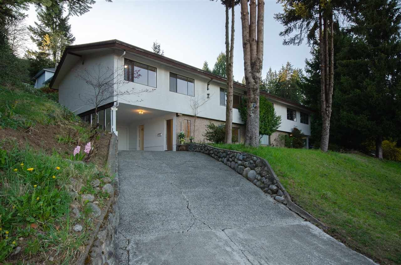 Main Photo: 1941 CHARLES Street in Port Moody: College Park PM 1/2 Duplex for sale : MLS®# R2568079