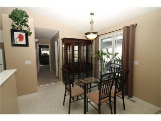 Photo 9: 15 APPLEMEAD Court SE in Calgary: Applewood Park House for sale : MLS®# C4108837