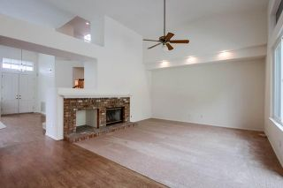Photo 8: House for sale : 4 bedrooms : 4891 Glenhollow Circle in Oceanside