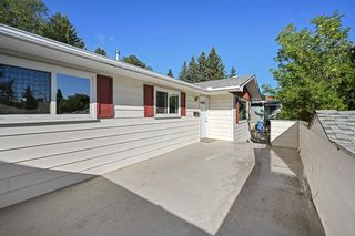 Photo 3: 5019 Dalhart Road NW in Calgary: Dalhousie Detached for sale : MLS®# A1140983
