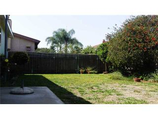 Photo 3: CLAIREMONT House for sale : 3 bedrooms : 3966 Anastasia Street in San Diego