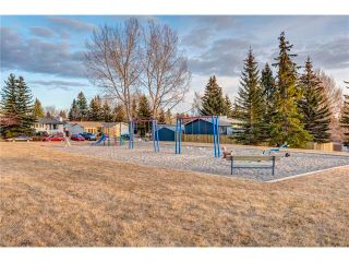 Photo 27: 5844 DALCASTLE Crescent NW in Calgary: Dalhousie House for sale : MLS®# C4053124