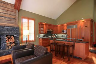 """Photo 32: 18G 2300 NORDIC Drive in Whistler: Nordic Townhouse for sale in """"At Nature's Door"""" : MLS®# R2531434"""